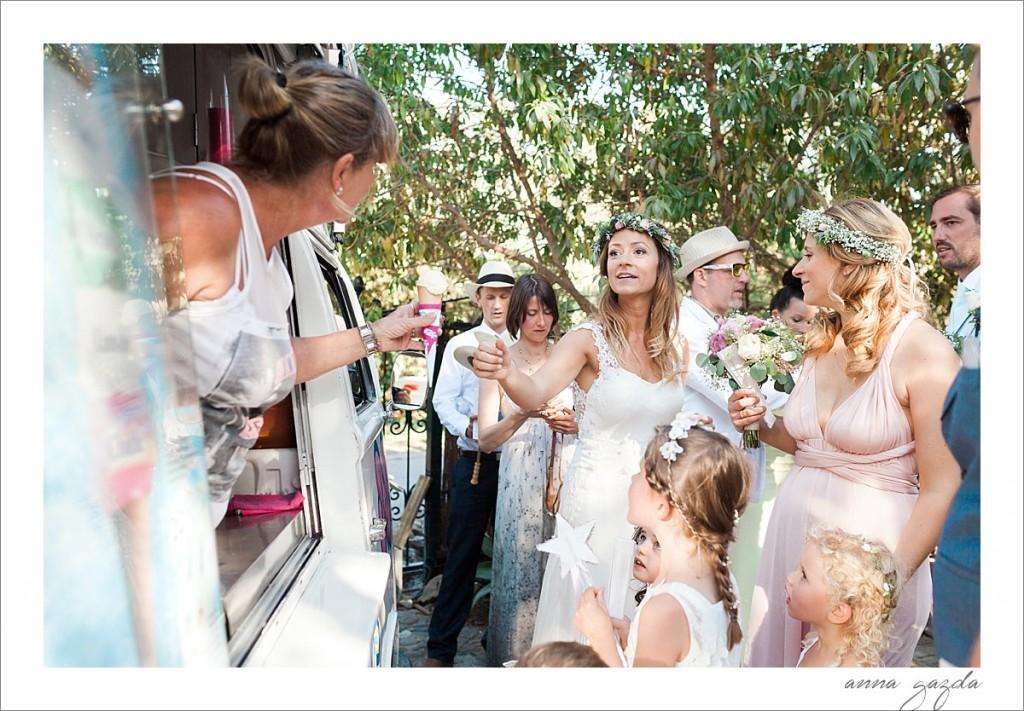 El Cortijo de los Caballos wedding photographer Benahavis ice cream truck