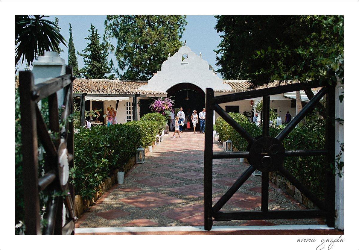 Cortijo de los Caballos entrance